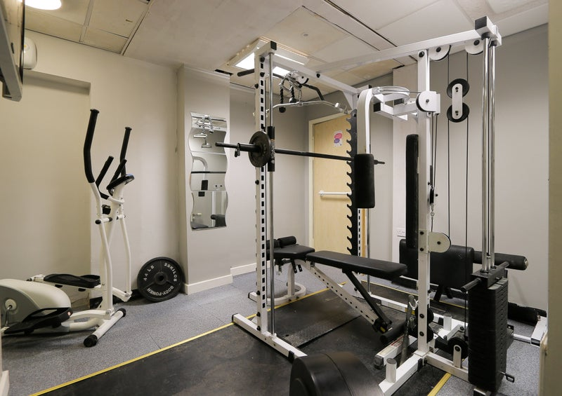 Quality ensuite studio rooms with games room gym