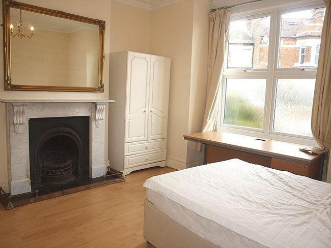 Rooms To Rent In East Putney