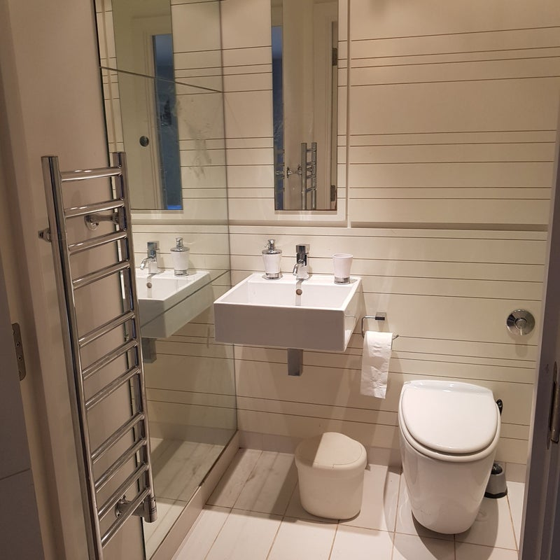 'Double Room With Ensuite And Seprate Entrance ' Room To