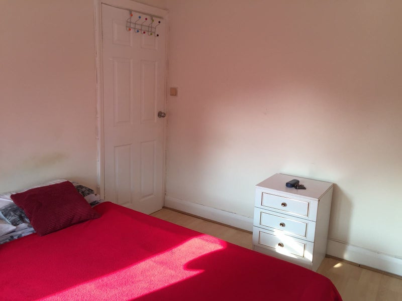 Single Room To Rent In Perivale