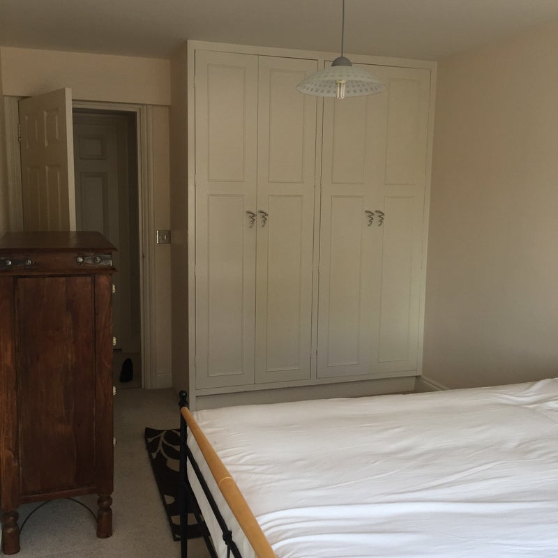 Rooms To Rent For Couples In Woking