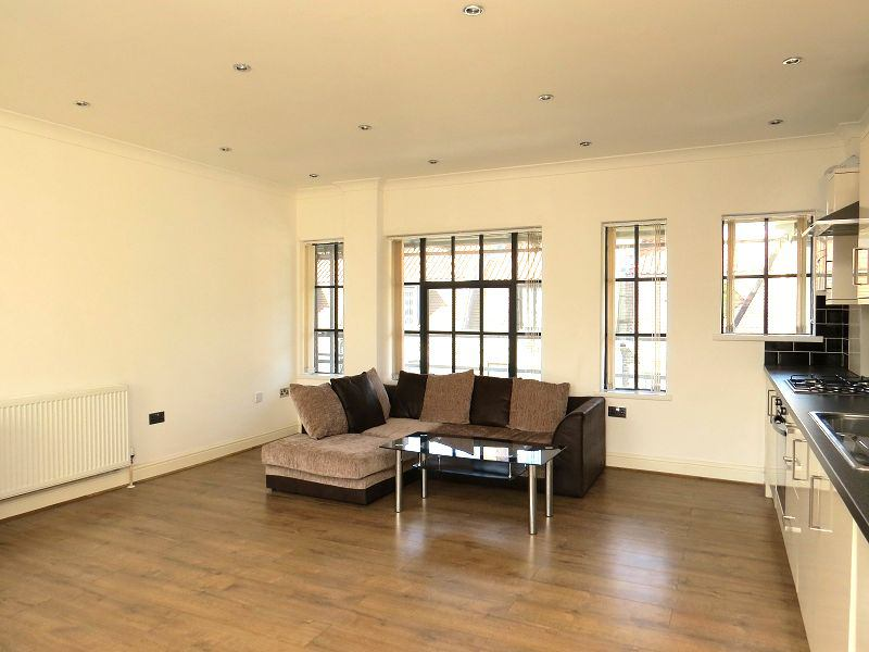 Warehouse Conversion Room Rent London
