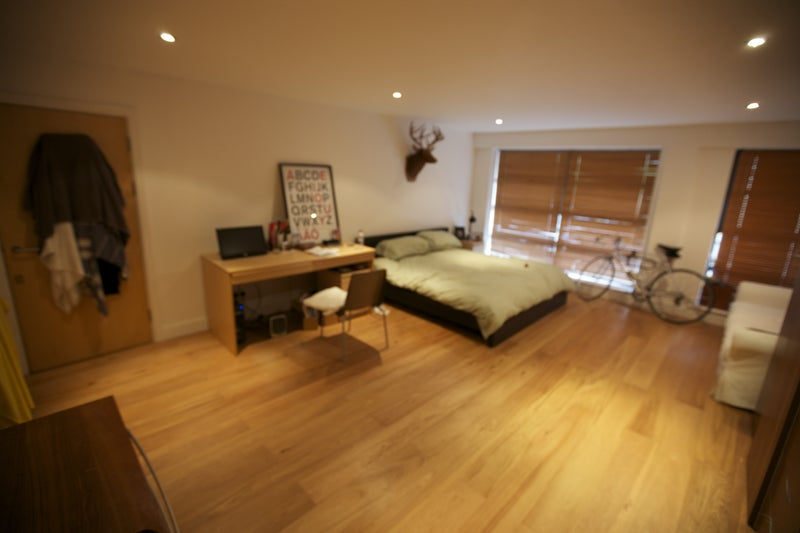 Huge 5m x 7m room in amazing apartment from spare room for Garden room 7m x 5m