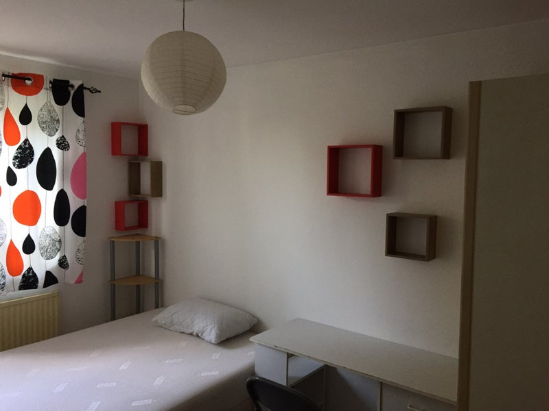 Double Room For Single In West Kensington Room To Rent