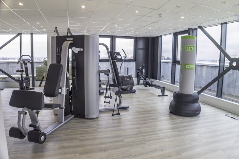 Spacious double balcony gym north greenwich room