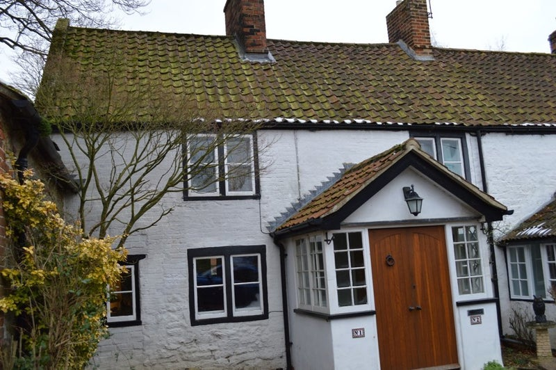 Bed House Or Flat To Rent In Melksham