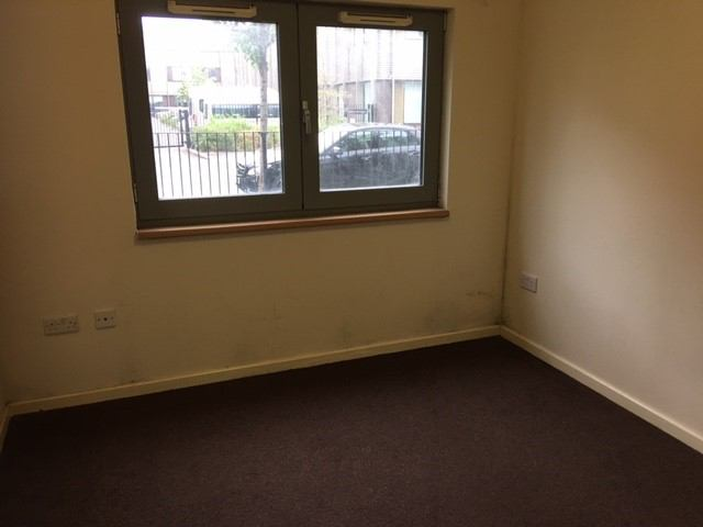 Guardian Property To Rent Spare Room