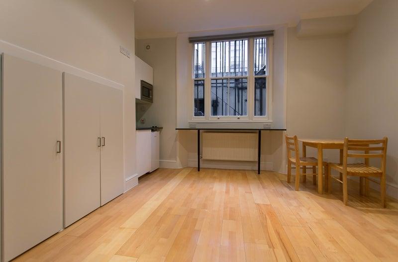 Room For Rent Queensway