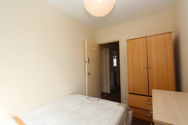 39 incredible new double rooms in bethnal green 39 room to for Furniture xpress bethnal green