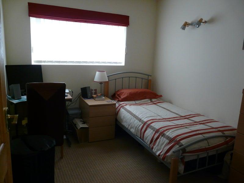 Rent Room Ashley Cross