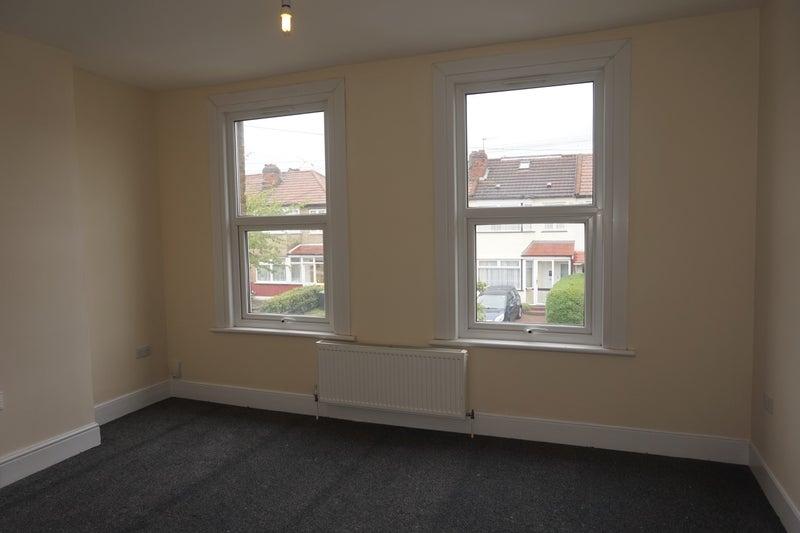 Brimsdown Room Rent
