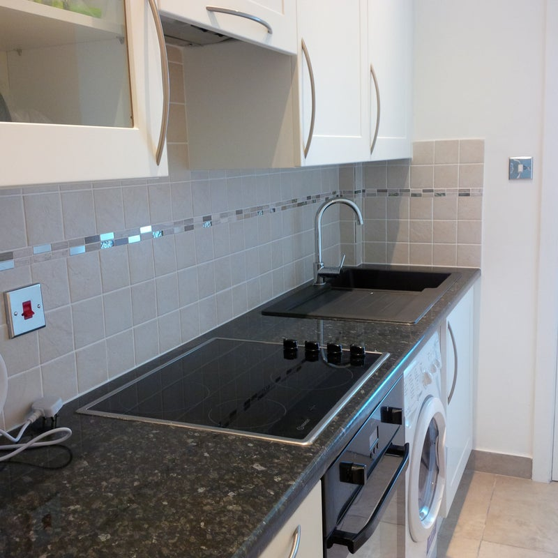 39 studio flat with balcony and separated kitchen 39 room to for Balcony kitchen
