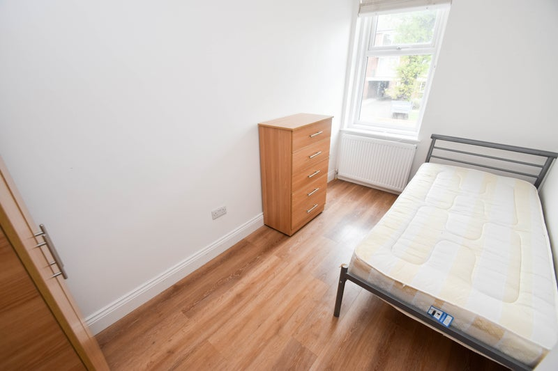 Double Room To Rent In Enfield
