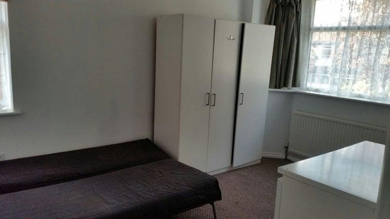 Studio Room For Rent In Perivale London