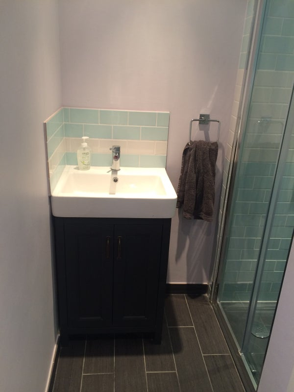 Private Double Room To Rent Surbiton