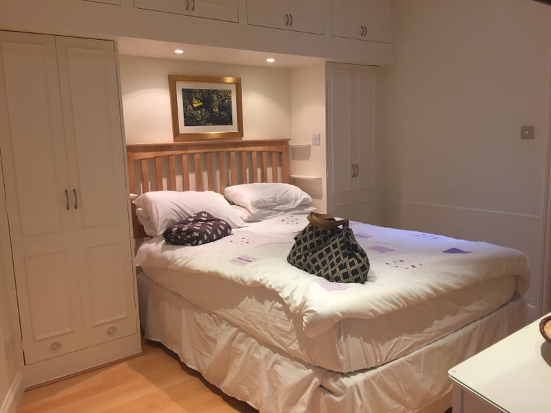 39 zone 1 victoria double room in a stunning flat 39 room for Living room zones