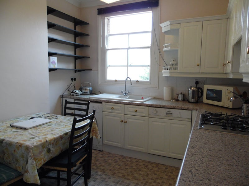 One Double Room To Rent In Thornton Heath
