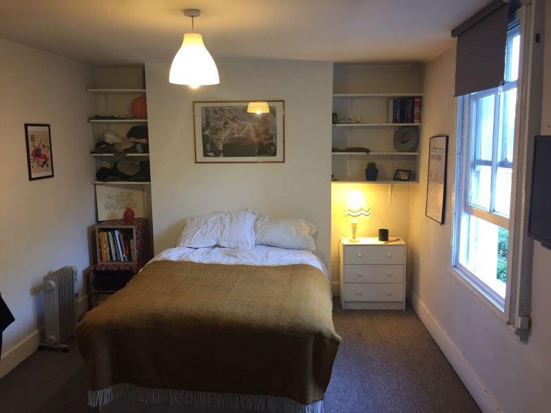 Unfurnished Bills Included Double Room Hackney
