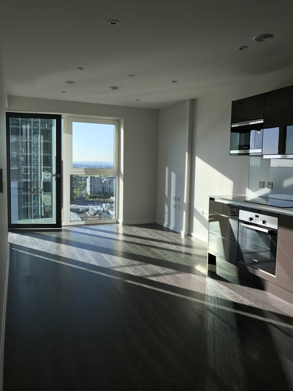 Luxury New Apartment in Olympic Park Room to Rent from SpareRoom - Westfield Stratford Floor Plan