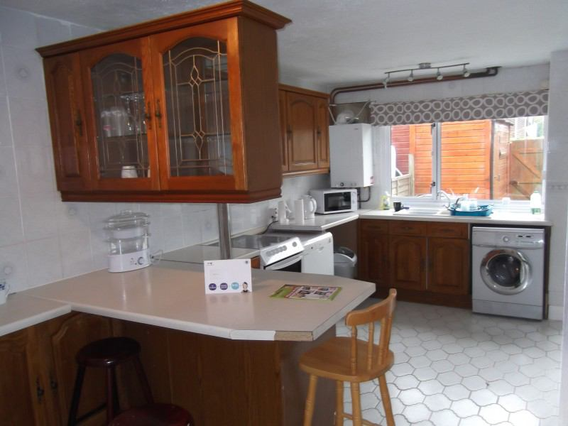 Two Double Rooms House For Rent In Wellingborough