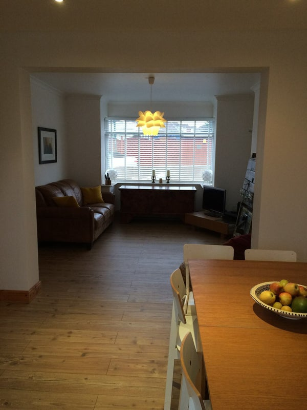 39 small room to rent in a lovely family home 39 room to rent for Small room rent