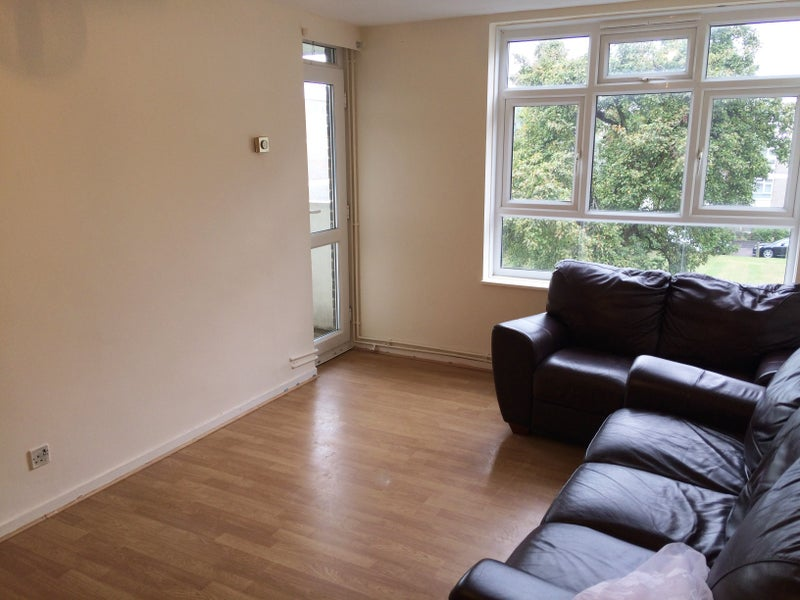 Double Room To Rent In Cricklewood