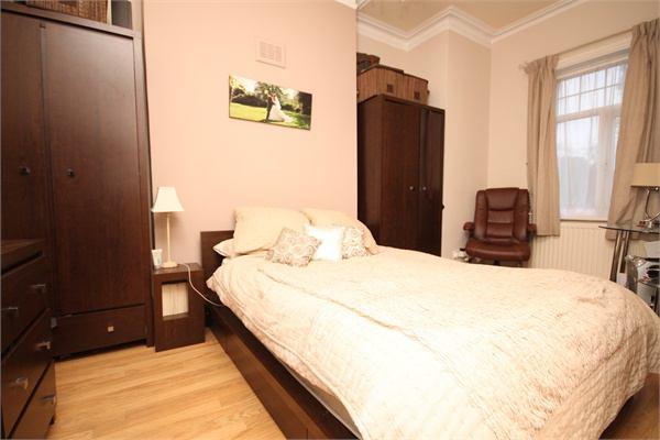 One Bedroom Room To Rent In Willesden Green