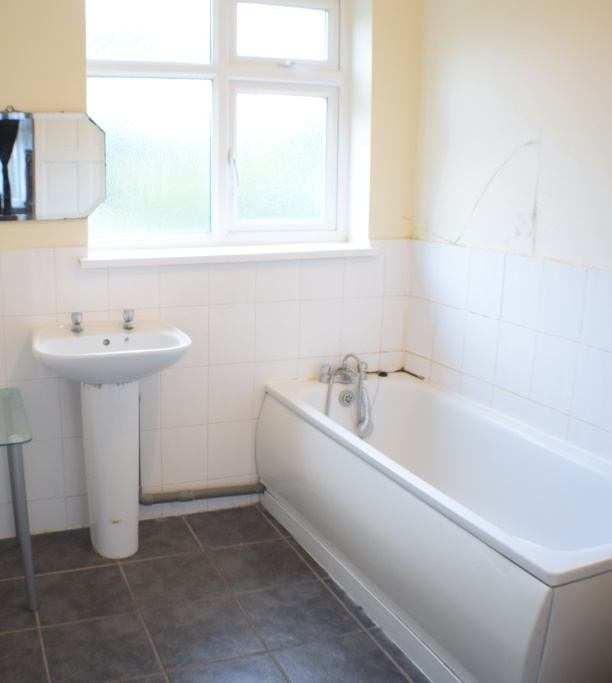 Room To Rent In Edgware Dss