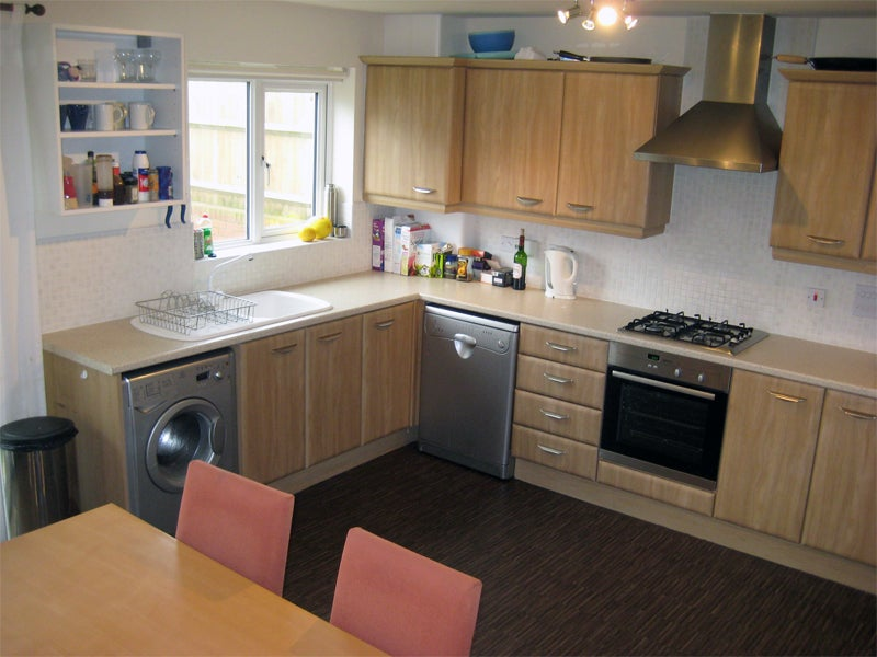 Suberb New House 5mins From Keele University Room To