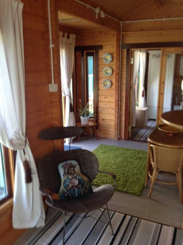 39 One Bedroom Chalet Set In Large Private Garden 39 Room To Rent From Spareroom