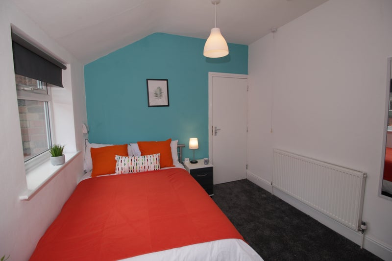 luxury room in giltbrook room to rent from spareroom