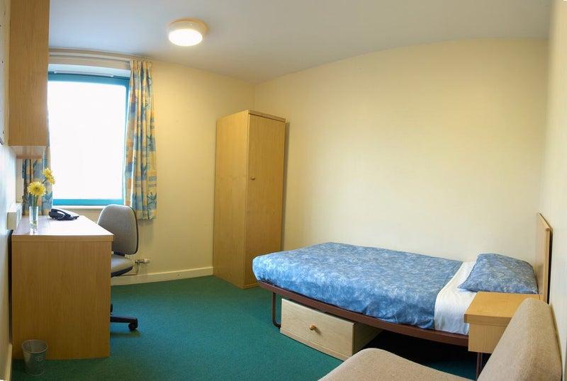 Roehampton University Rooms