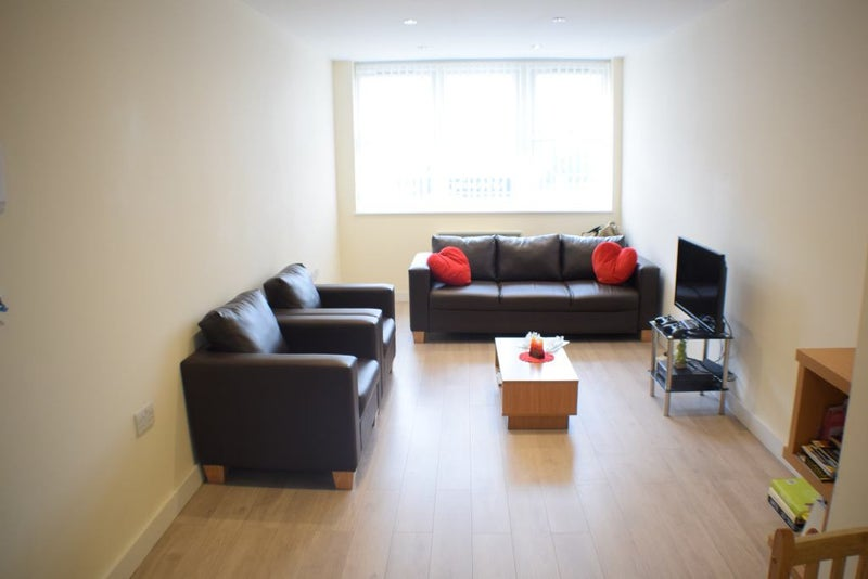 One Bedroom Flat Spare Room London To Rent
