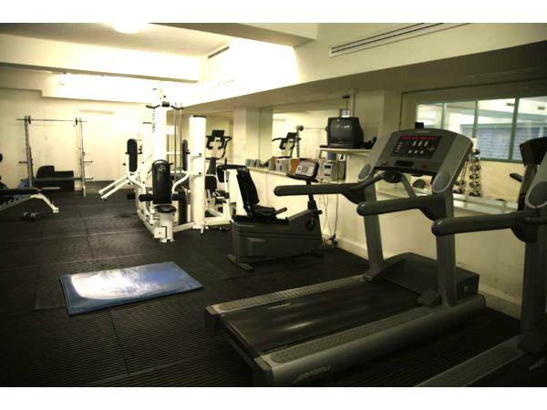 Amazingvalue bed flat kilburn pool gym concierge room