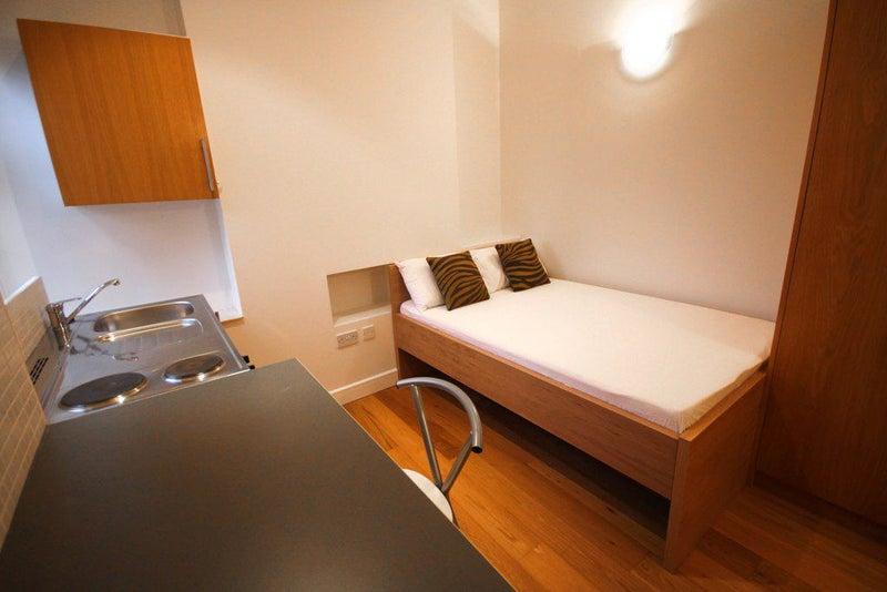 Golders Green Room To Rent