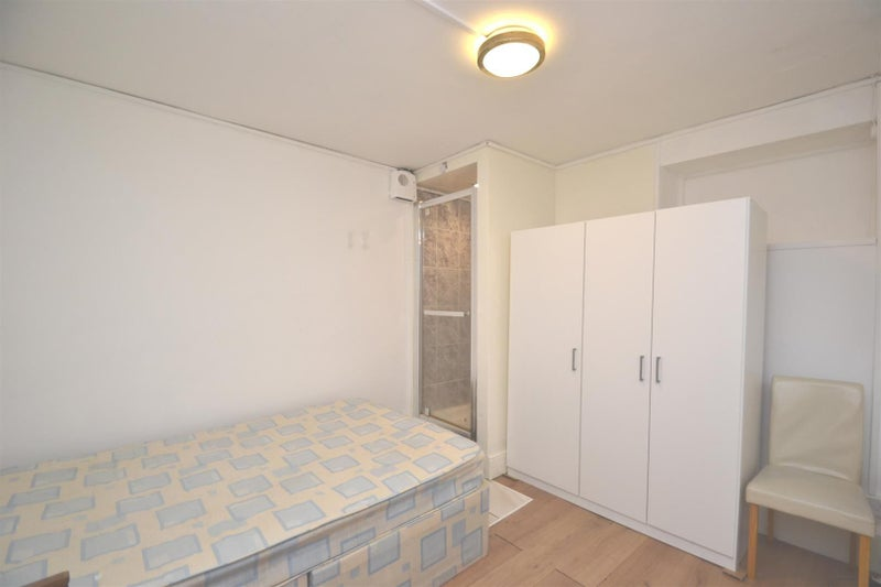 Chiswick Rent Double Room