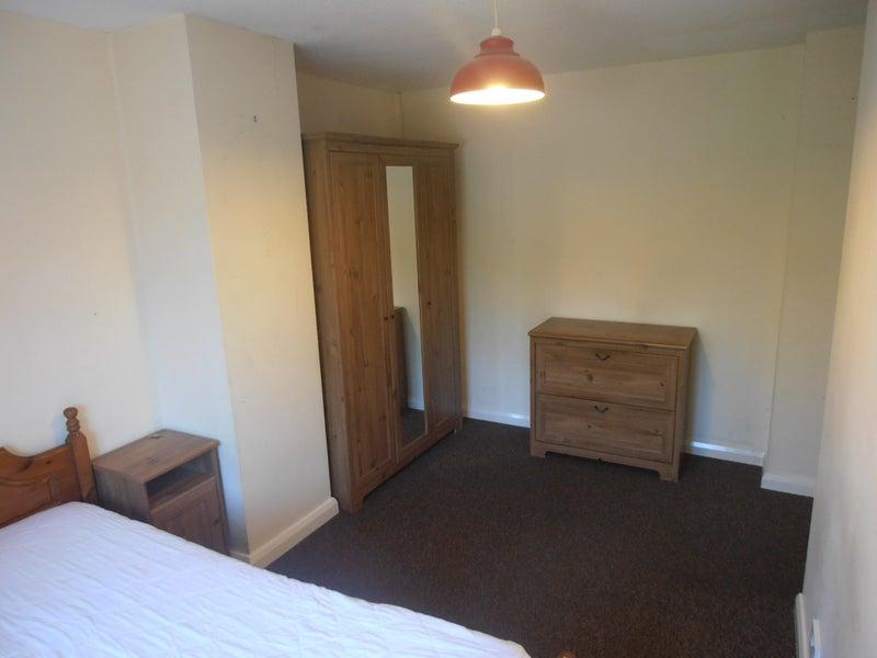 Flat Room To Rent Bordon