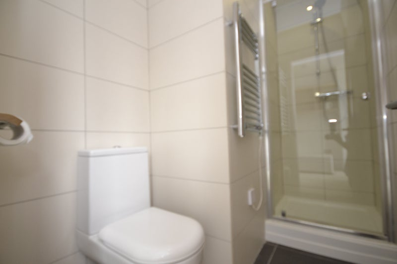 Studio In Finchley Road Room To Rent From Spareroom