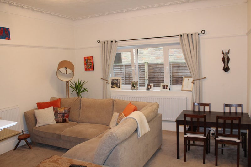 Double Room To Rent In Croydon For Couple
