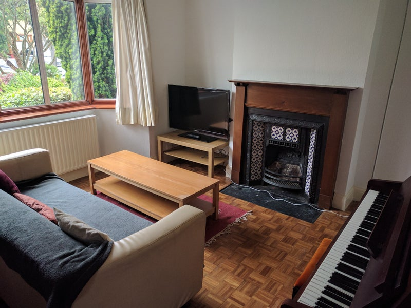 Room To Rent For Someone With Kid