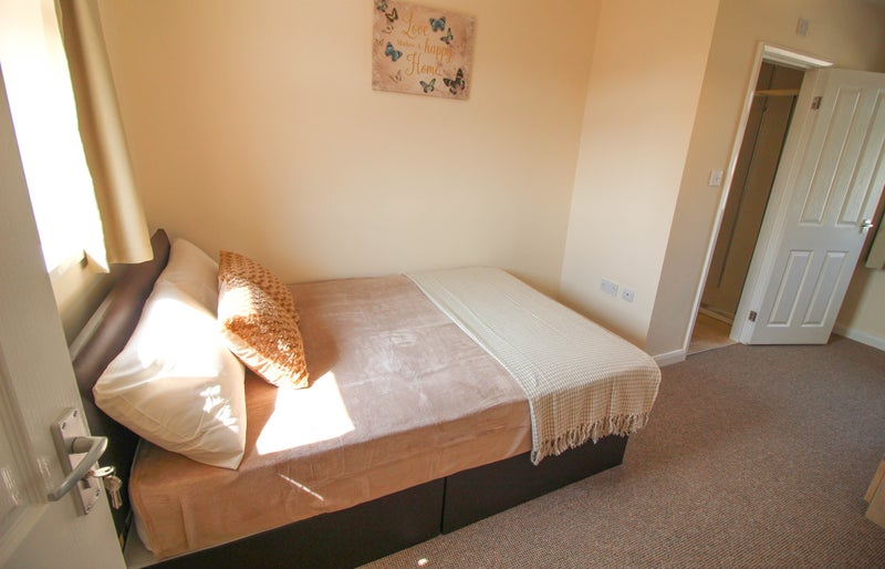 Balby - Rooms Available Now - All Bills Paid Main Photo