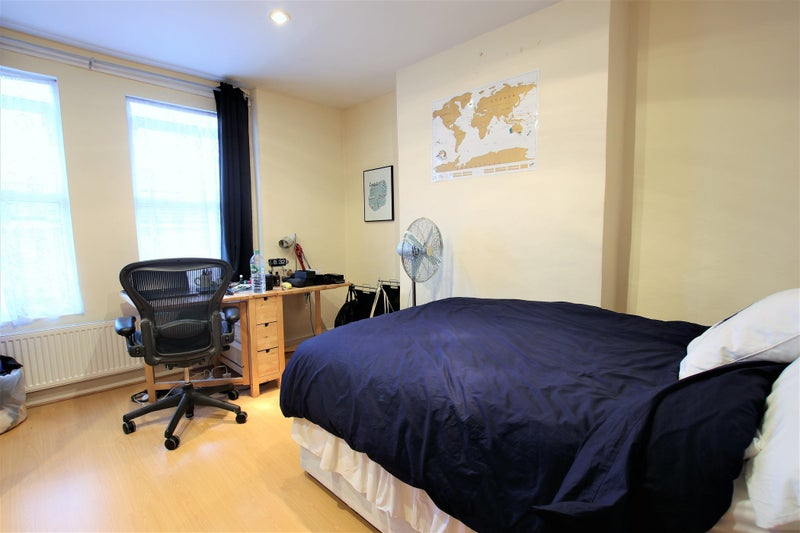 39 All Bills Included 3 Bedrooms Flat In Tooting 39 Room To Rent From Spareroom