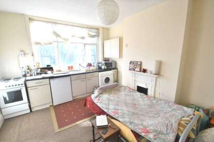 studio flat london road includes all bills room to rent from
