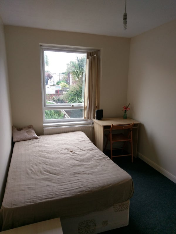 Single Room To Rent In Edgware