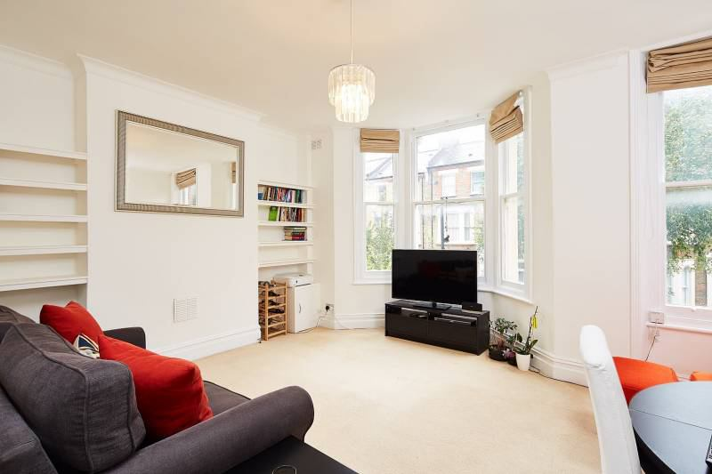 stunning 1 bed flat in maidavale queens park w9 room lovely 1 bed flat in queens park nw6 room to rent from