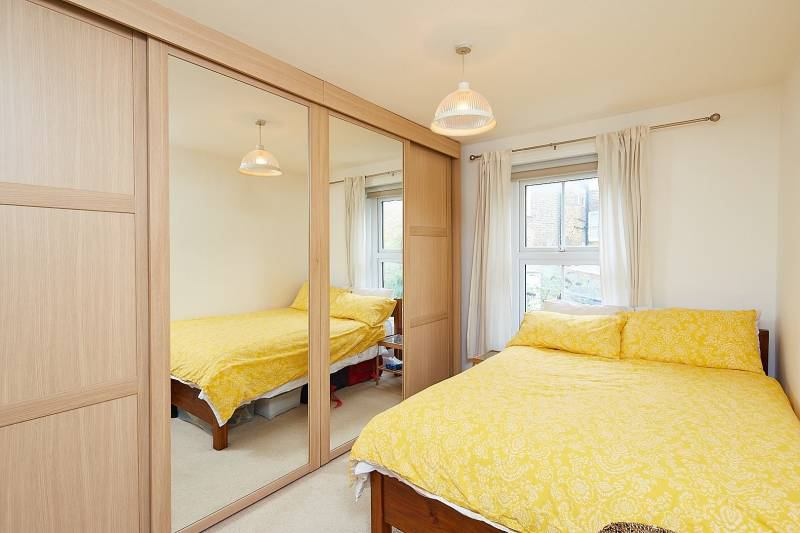 stunning 1 bed flat in maidavale queens park w9 room apartment to rent in queens apartments