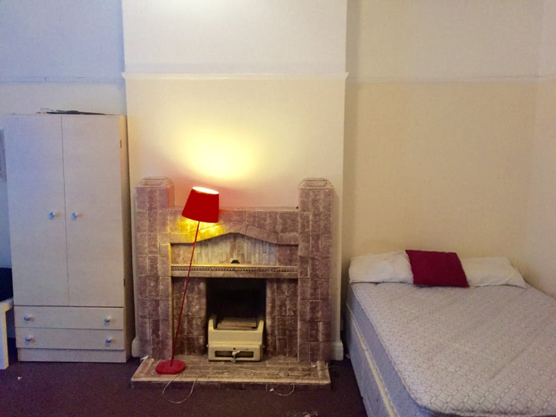 Two Lovely Rooms One Stop From Baker Street Room To