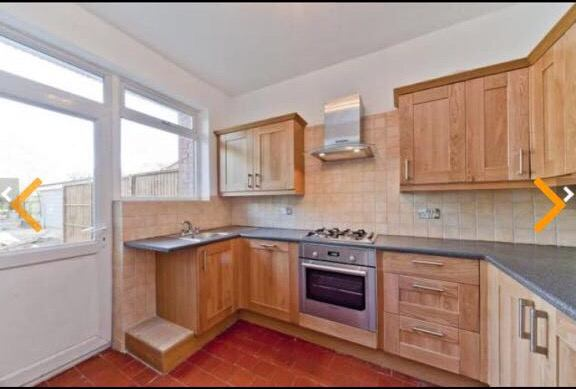 Back Room To Rent In Kew
