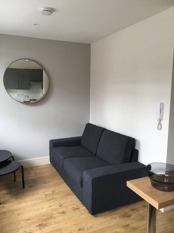 Room To Rent In Seven Sisters