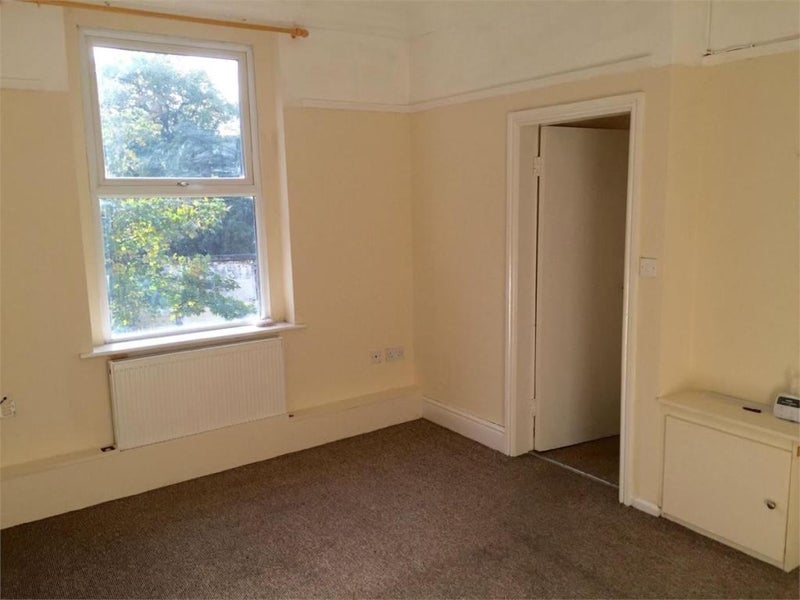 39 apartment liverpool 50 discount b4 xmas 39 room to rent for Discount bay windows